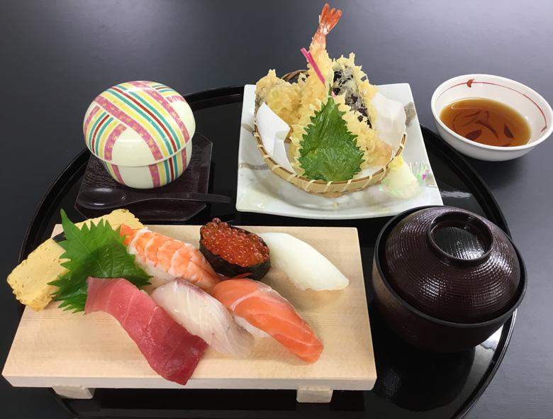 寿司うどんランチ9月から